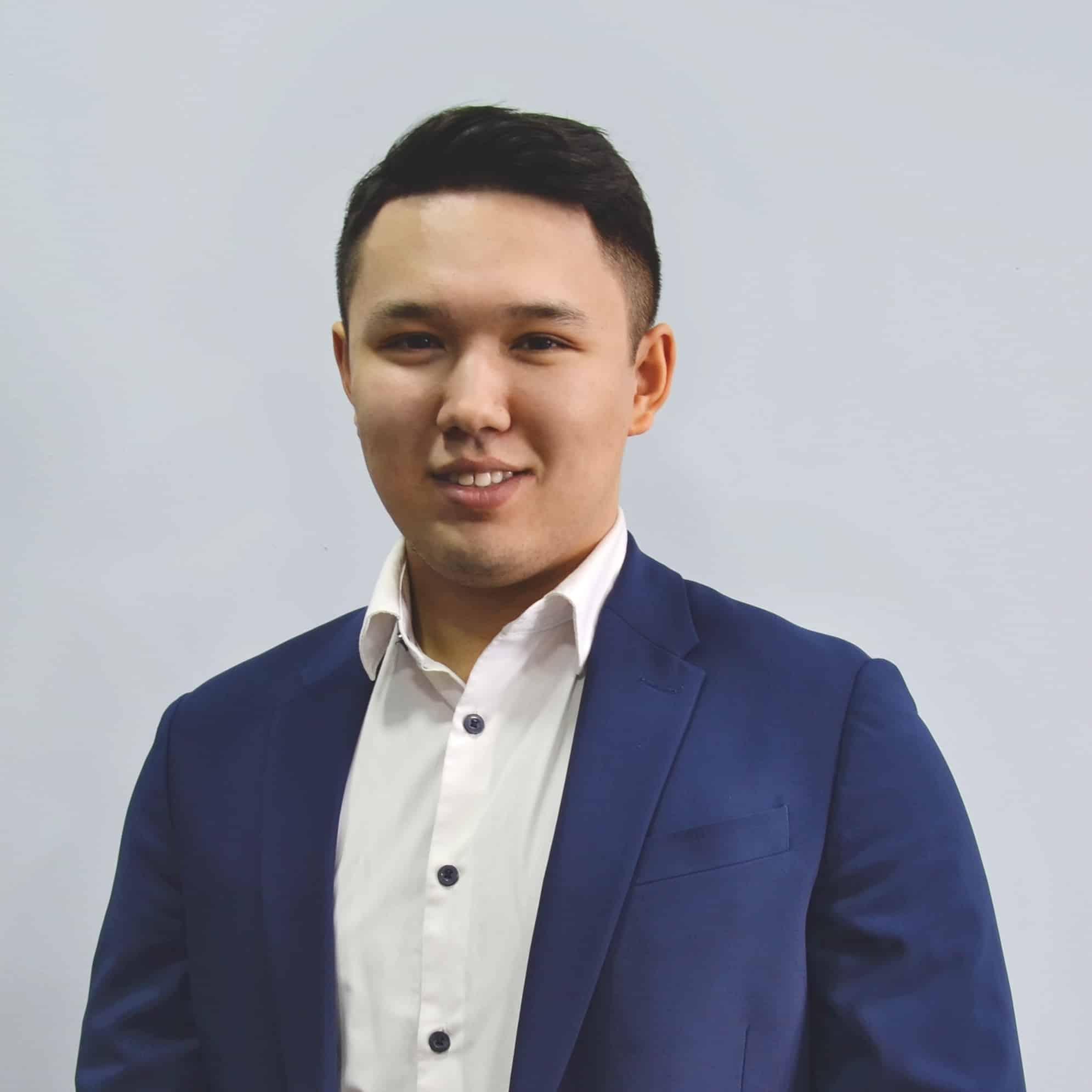 Казеев Аюп - Иммиграционный консультант